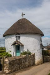 Veryan, One of the famous Veryan roundhouses