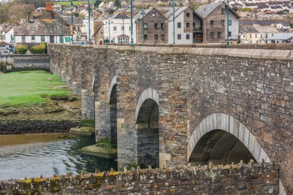 Wadebridge photo, The Old Bridge in Wadebridge