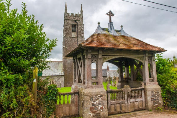 Warkleigh church and lych gate