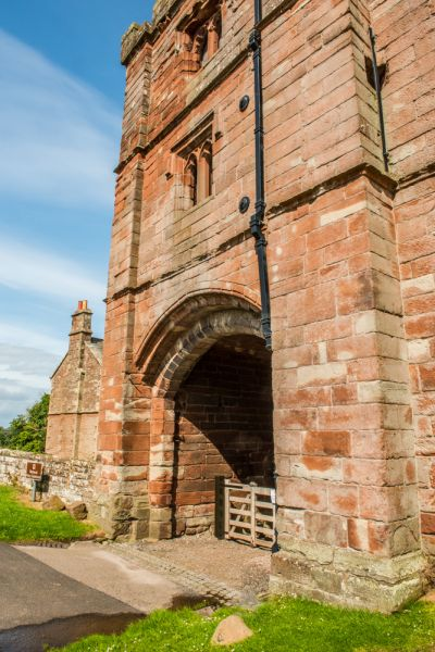 Wetheral Priory Gatehouse photo, The west facing gatehouse arch