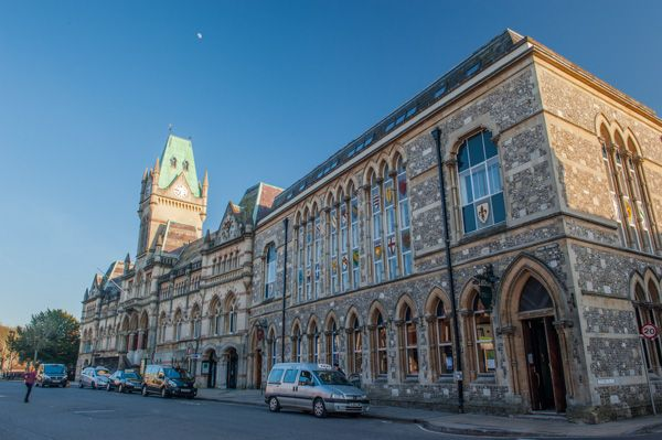 New England School Of Law >> Winchester Guildhall | Historic Winchester Guide
