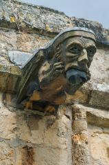 A gargoyle on the south nave wall