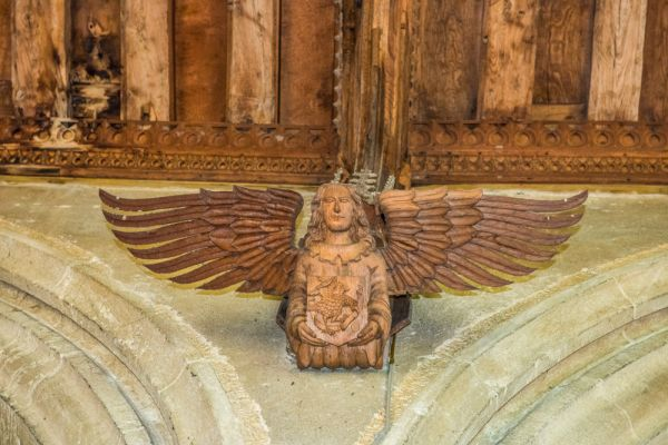Woolpit, St Mary's Church photo, An ornately carved angel corbel
