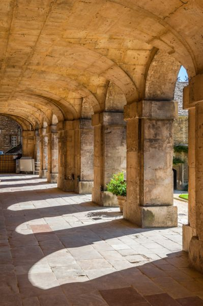 Worcester College, Oxford photo, The chapel arcade, facing the main quad