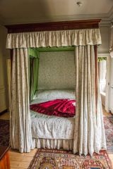 Wordsworth House, A four-poster bed in a first floor bedroom