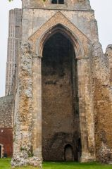 Wymondham Abbey, The huge east tower arch