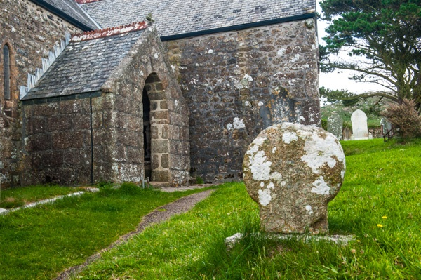 Zennor church and Celtic cross