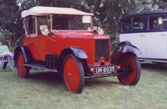 Kenilworth Castle hosts Armstrong Siddeley Anniversary
