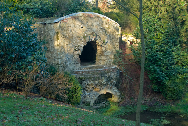 Stowe Landscape Garden Grotto