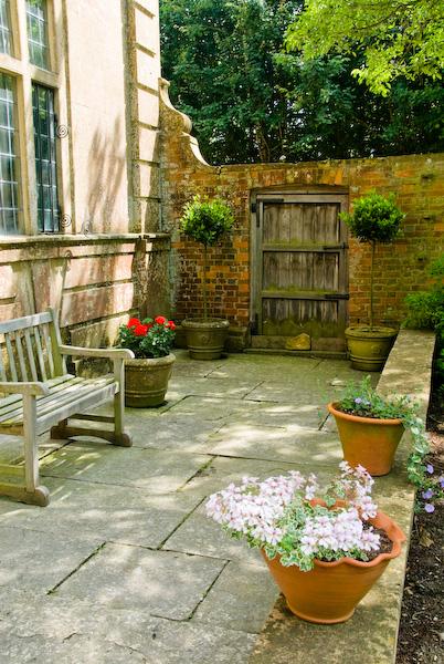 Photo of Tintinhull Garden, veranda