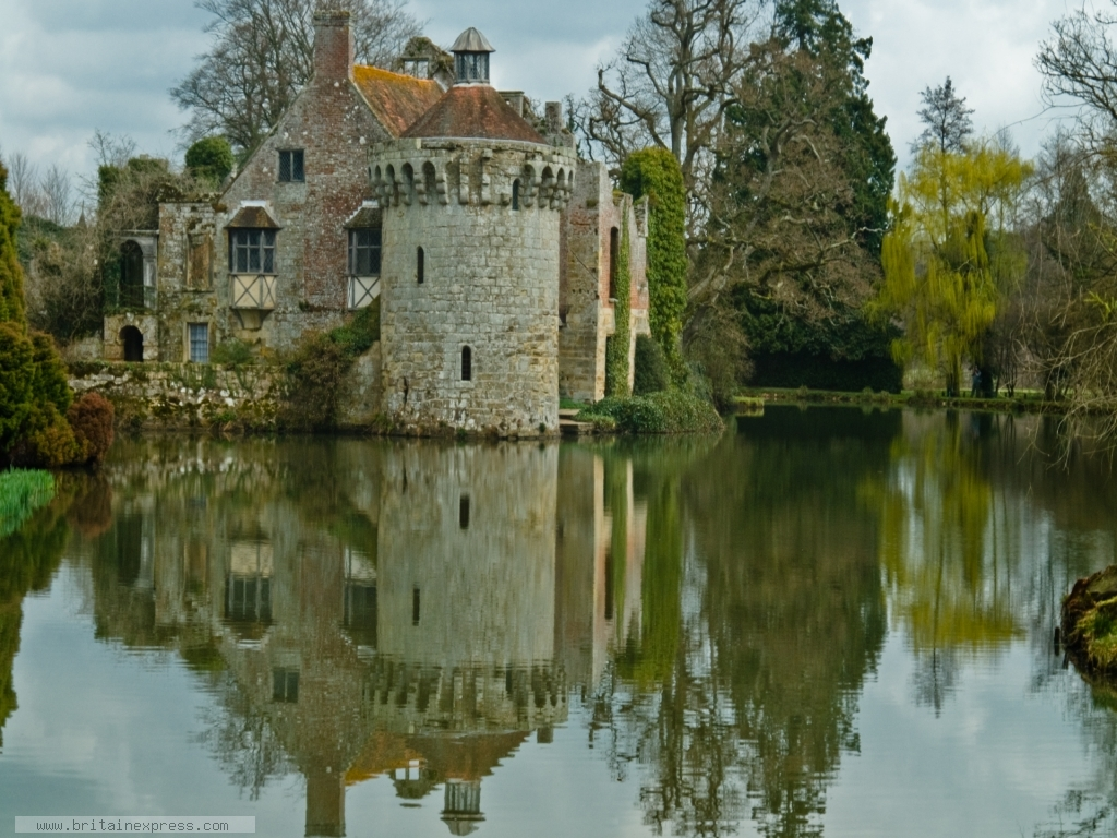 Photo Of Scotney Castle