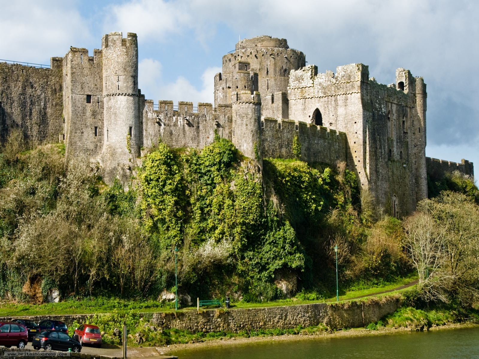an analysis of castle in britain Everything you need to know about the setting of charlotte brontë's jane eyre,  analysis: setting  britain's relationship with its colonies,.