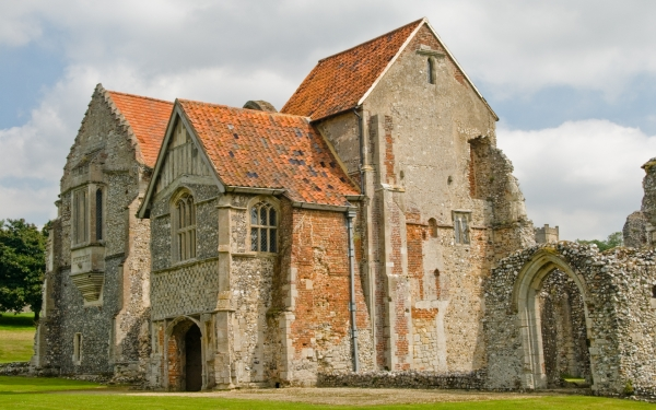 Castle Acre Priory, prior's lodging