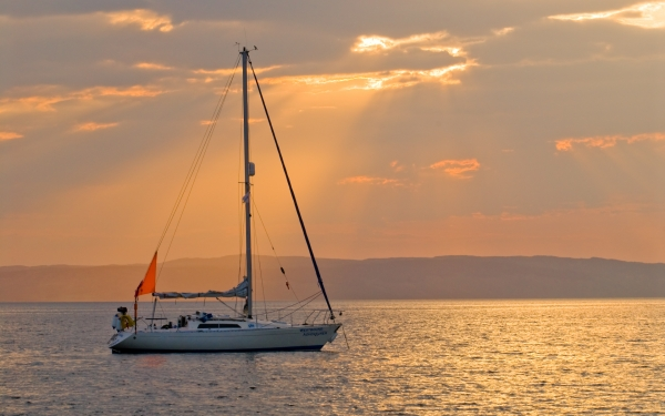 Sailboat at Dunagoil, Isle of Bute