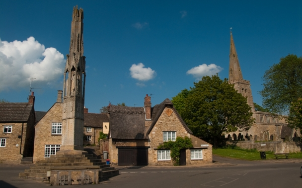 Eleanor Cross, Geddington