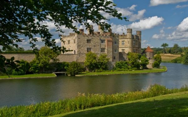 Photo Of Leeds Castle Maidstone Kent
