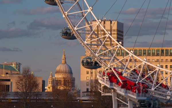 London Eye and St Pauls