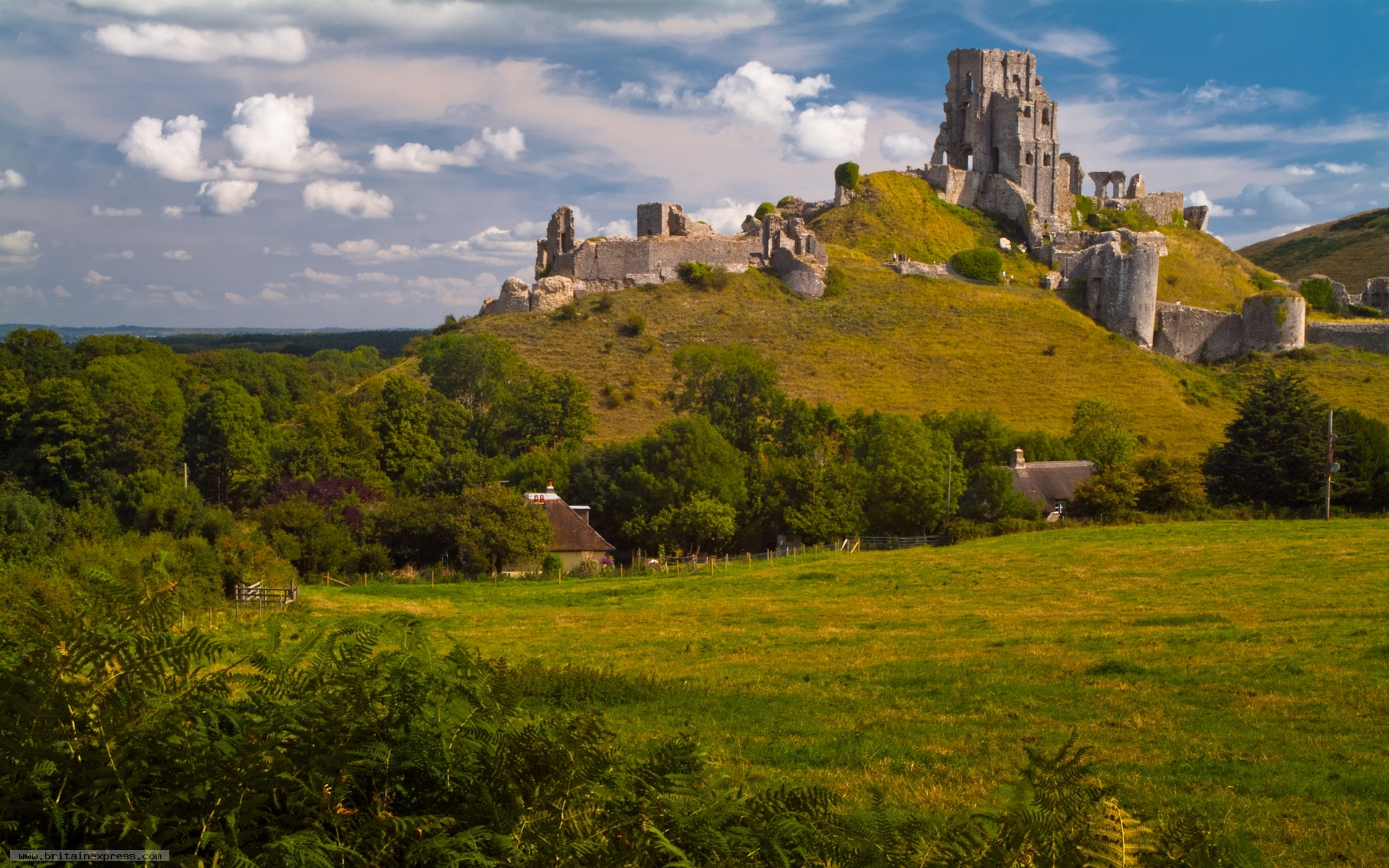 Photo Of Corfe Castle Dorset