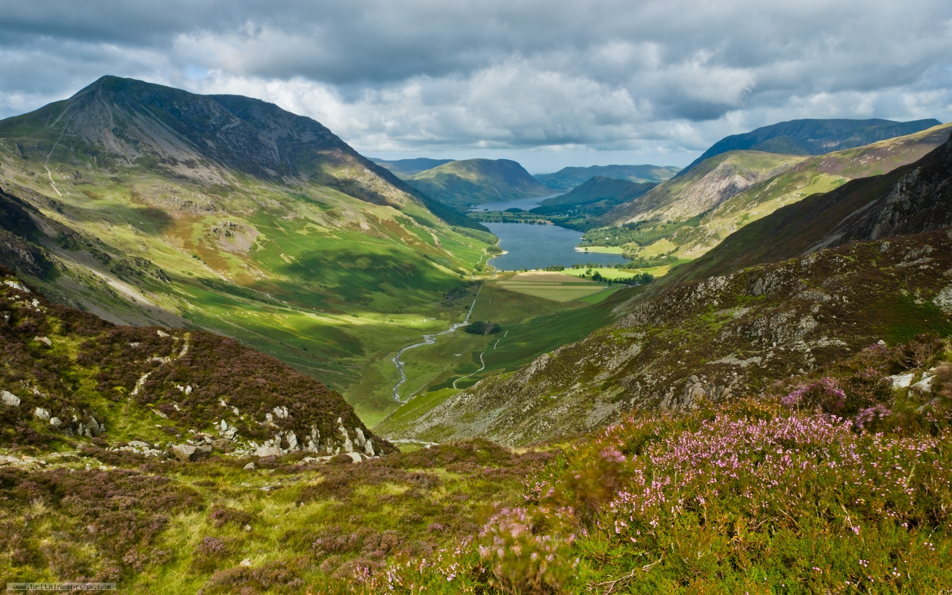How To Choose Windows Photo Of Fleetwith Pike Buttermere Lake District